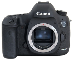 Фотоаппарат Canon EOS 5D Mark III body